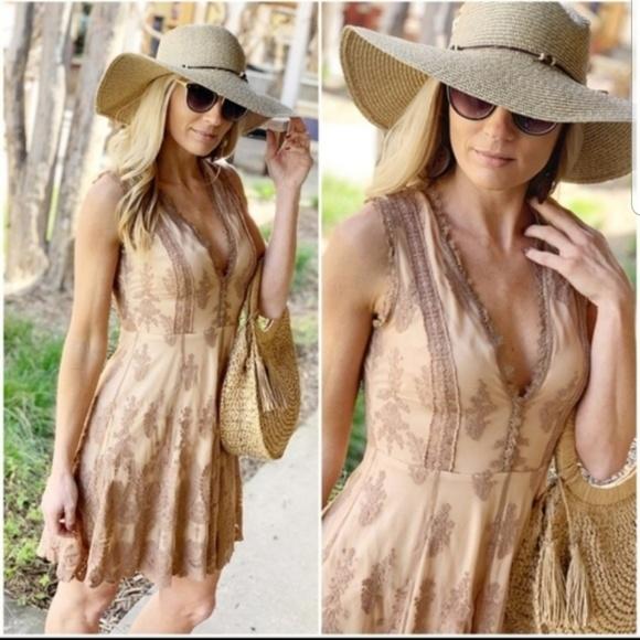 Infinity Raine Dresses & Skirts - Mocha lace dress